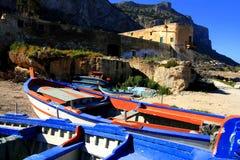 starożytny zamek Włoch morza fotografia royalty free
