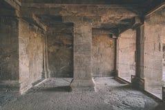 26 starożytnym 27 aurangabad jaskini rzeźbiących ellora jaskiniowego zbocza indu hinduskich blisko liczą na stałe rockowe świątyn Fotografia Royalty Free