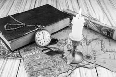 Starożytniczy kieszeniowy zegarek Fotografia Royalty Free