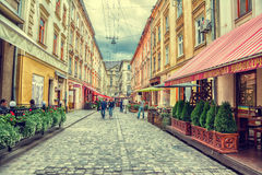 Staroievreiska St, centrum, Lviv, Ukraina Royaltyfri Foto