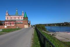 Staroladozhsky Nikolsky修道院 俄国 免版税库存照片