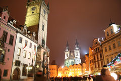 Staromestske fyrkant i staden av Prague för jul Royaltyfri Foto