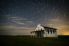 Starred sobre a capela Fotografia de Stock Royalty Free