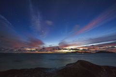 Stars at night at source anse d`argent, la digue, seychelles 2 stock photography
