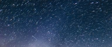 Stars trail time-lapse, comet style.