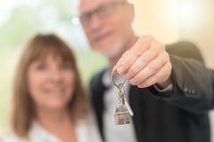 Starsi para seansu domu klucze, lekki skutek Fotografia Royalty Free