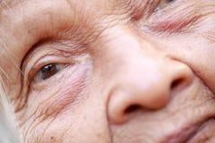Starsza azjatykcia kobieta Zdjęcie Stock