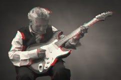 Starsza kobieta bawić się gitarę Obraz Royalty Free