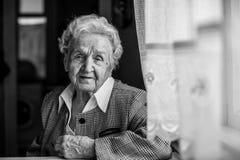Starsza kobieta, czarny i biały portret Zdjęcia Stock