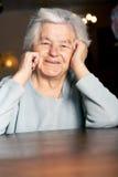 starsza kobieta szczęśliwa obrazy stock