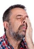 Starsza osoba mężczyzna cierpienie od migreny fotografia royalty free