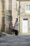 Starszy kobiet opowiadać Fotografia Royalty Free