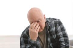 Starszy mężczyzna w stanie depresja zdjęcie stock