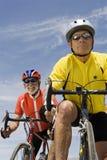 Starszy Męski cyklistów Ścigać się Fotografia Stock