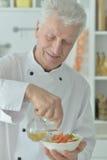 Starszy męski szef kuchni Obrazy Royalty Free