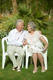 Starszy pary obsiadanie Obraz Royalty Free
