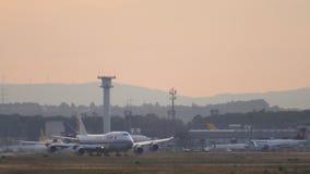 Start Air Chinas Boeing 747 stock video