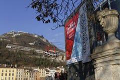 Start av kabelbilen till bastillen av Grenoble Fotografering för Bildbyråer