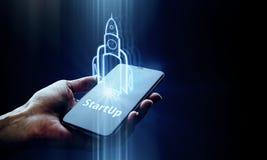 Start- och teknologibegrepp arkivfoto
