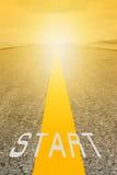 Starta på vägen Fotografering för Bildbyråer
