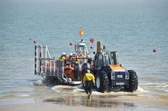 Starten des Rettungsboots Stockfoto