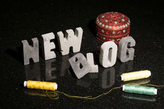 Starten einer neuen Mode oder des Designs oder Nähen des Blogblogs Lizenzfreies Stockbild