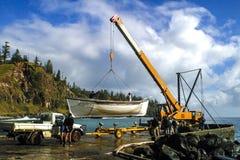 Startendes altes Walfangboot an der Kaskaden-Bucht Stockbild