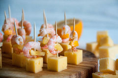 Starter idea: shrimps with cheese and lemon Royalty Free Stock Image