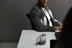 Startup метод мозгового штурма команды дела на мастерской встречи Стоковая Фотография