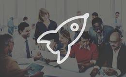 Startup innovationförbättring Rocket Concept för lansering Arkivbilder