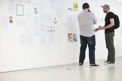 Startup seminarium för presentation för affärsfolk och strategibräde Royaltyfri Fotografi