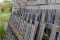 Stary Łamający ogrodzenie Zdjęcia Stock
