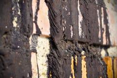 Stary ściana z cegieł czerwona cegła z smołami żywica zdjęcie stock
