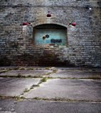 Stary ściana z cegieł z szklanego bloku okno Obraz Stock