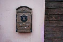 Stary średniowieczny poczta pudełko Obrazy Stock