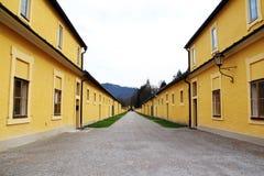 Stary żółty miasteczko Fotografia Stock