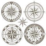 Stary żeglowanie morskiej nawigaci kompas, wiatr różane wektorowe ikony royalty ilustracja
