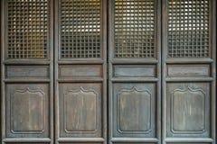 Stary antyczny antykwarski chiński tradycyjny falcowania drzwi zdjęcie stock