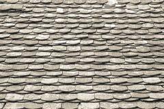 Stary architektoniczny szczegół Łupkowe Dachowe płytki/odnawiał Jaskrawego summ Obrazy Royalty Free