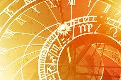 Stary astronomiczny zegar w Praga, republika czech ilustracji