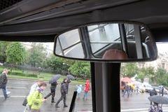 Stary autobusowy wnętrze pokazywać przy Moskwa transportu dnia świętowaniem Obraz Royalty Free