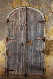 Stary będący ubranym drzwi Obrazy Royalty Free