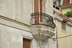 stary balkonowy budynek Obraz Royalty Free