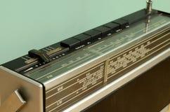 Stary Bezprzewodowy Tranzystorowego radia zakończenie Zdjęcia Royalty Free