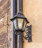 Stary brudny metalu lampion obrazy stock