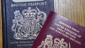 Stary Brytyjski paszport i Nowy Europejski paszport Zdjęcia Royalty Free