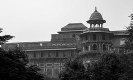 Stary budynek wśród Humayun Grobowcowego kompleksu zdjęcia royalty free