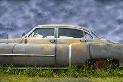 Stary Cadillac, Ośniedziały rocznika samochód zdjęcie royalty free
