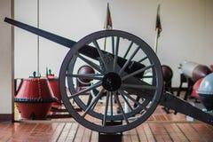 Stary cywilnej wojny działo na kołach i był południe czasu armatnim historycznym sygnałem Zdjęcie Royalty Free