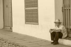 Stary człowiek z Cubanian cygarem obraz stock
